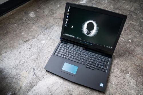 Alienware 17 R5 review: Core i9 and an overclocked GTX 1080 create an incredible desktop replacement