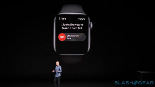 Apple Watch 4 fall detection disabled by default