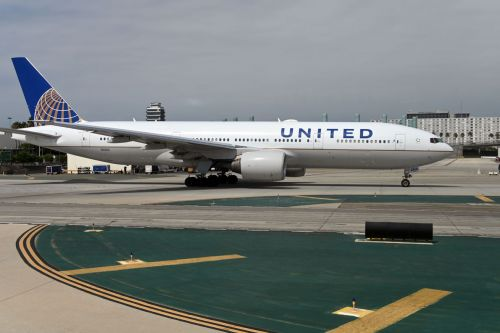 United Airlines suspends some China flights after coronavirus outbreak