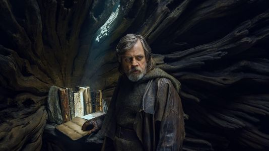 Mark Hamill Shares More Thoughts on THE LAST JEDI and Possible Appearence In Episode IX