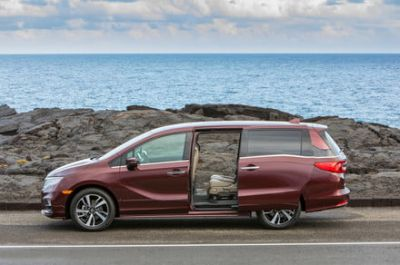 The 5 best minivans you can buy aren't just for soccer moms