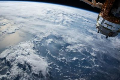 Apple is reportedly looking to put broadband-beaming satellites into orbit