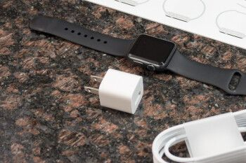 Here's the reason why Apple Watch Series 6 and SE don't come with charging bricks