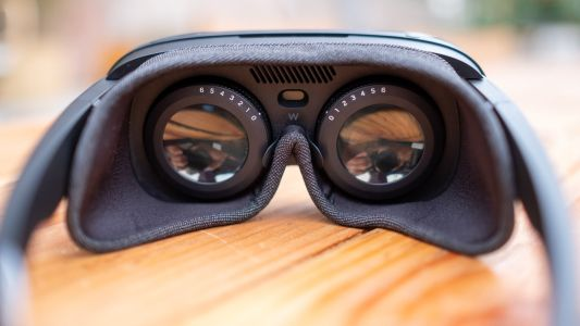 HTC's Latest VR Headset Is a Foldable Pair of VR Goggles