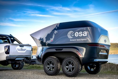 The ESA teamed with Nissan to build an off-road astronomy lab