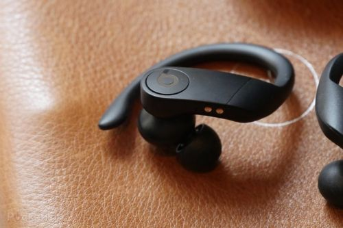 Apple will soon let you order its PowerBeats Pro in three new colours