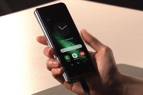 Samsung reportedly pushes back Galaxy Fold until 'at least next month' following poor reviews