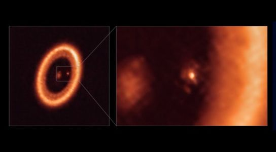Astronomers Detect Moon-Forming Disc Around Another Planet