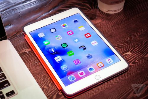 Apple reportedly targeting 2019 for iPad Mini update and AirPower launch