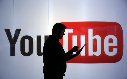 YouTube accused of still airing adverts on extremist videos