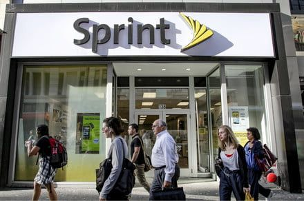 Sprint and LG team up on a 5G smartphone set for release in first half of 2019
