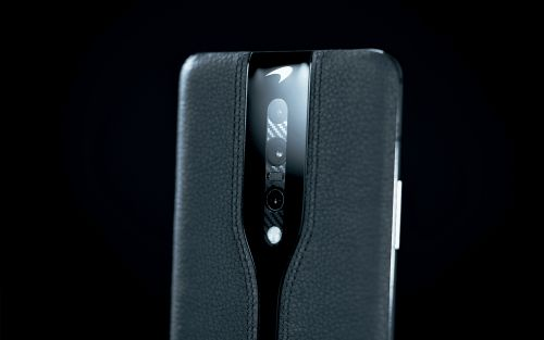 OnePlus Concept One Unveiled in a New Black Variant