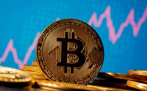 Bitcoin bounces after Jack Dorsey invests $170m - live updates