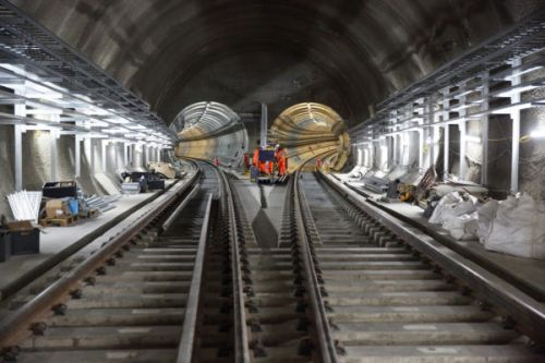 Crossrail might not open until 2020 and costs are up by £2 billion