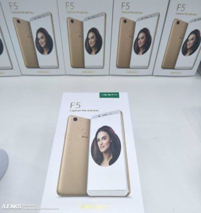 Leak: Retail Box And Promo Poster Show Off The OPPO F5