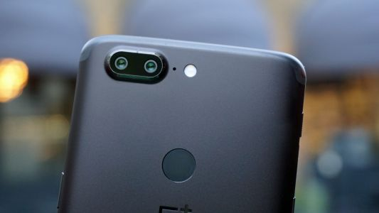 The first camera samples from the OnePlus 6 are here
