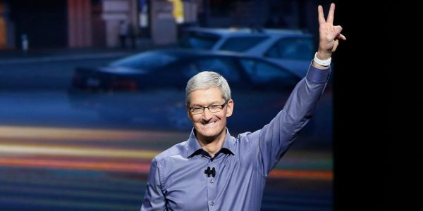 All Apple employees now get standing desks - and Tim Cook has said that 'sitting is the new cancer'
