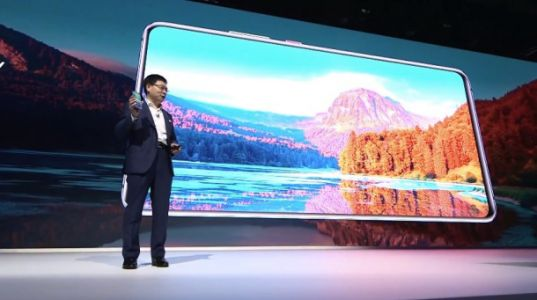 Huawei's new 7.2-inch gaming phone is bigger and more poweful than many tablets