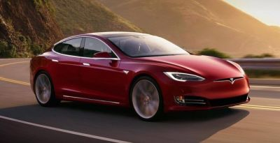 Tesla rolls out automatic braking following Consumer Reports' criticism
