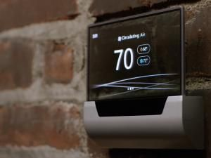 Microsoft's GLAS Thermostat Makes NEST Look Old Hat!