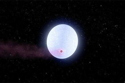 This planet is so hot it tears apart the hydrogen molecules in its atmosphere
