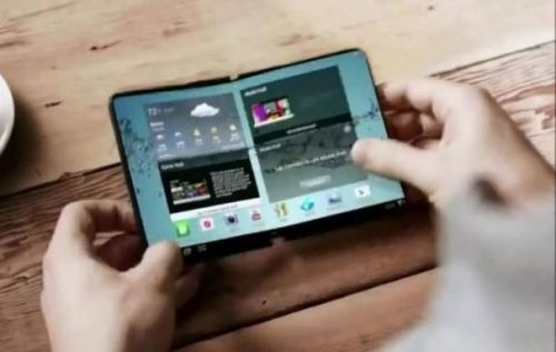 Foldable phones: a necessary first step that's doomed to fail