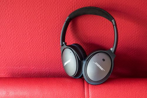 Bose QuietComfort 25 noise-cancelling headphones in £159 Black Friday deal