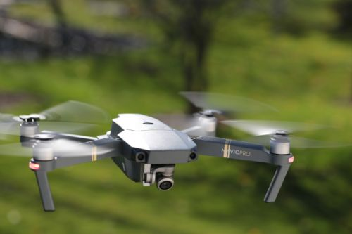 Trump signs bill reinstating the FAA's drone registration requirement