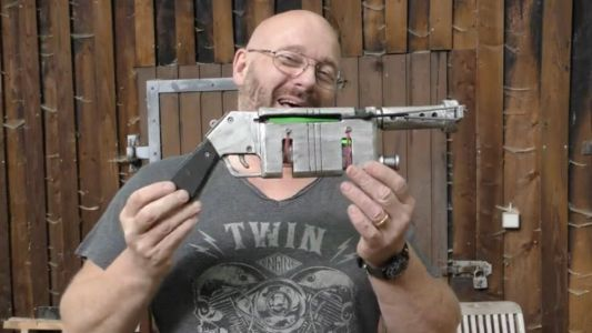 This Guy Built Rey's Blaster and it Shoots Glow Sticks That Look Like Laser Blasts!