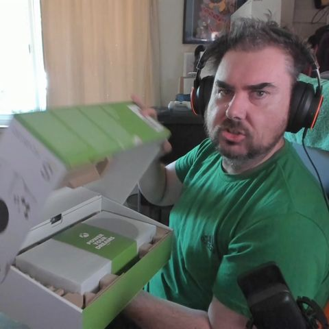 Unboxing the Xbox Series X/S