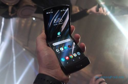 Motorola Razr hands-on - Old name, brand new category