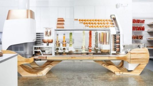 This Amazing Machine Can Cook And Assemble 100 Delicious Burgers An Hour