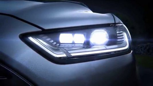 $40 kit converts any car's headlights to high-end LEDs