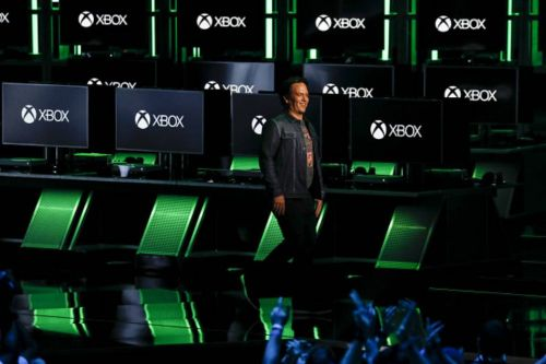 Xbox's Phil Spencer Doesn't Seem To Like PlayStation's PC Release Strategy