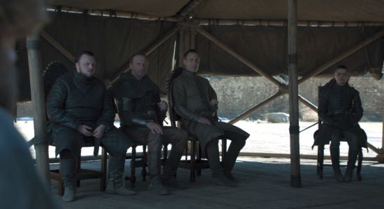 Game Of Thrones Finale Had A Water Bottle, Just Like That Coffee Cup