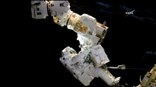 NASA astronaut comes closer to accidentally drifting off into space than anyone should ever have to