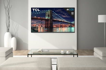 Amazon offers a huge $271 discount on this TCL 55-inch 4K UHD Roku smart TV