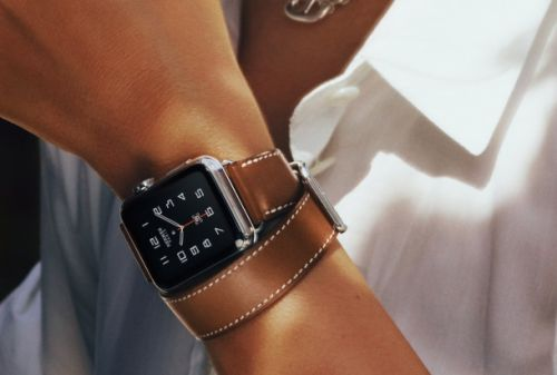 The Apple Watch continues to dominate the booming smartwatch market