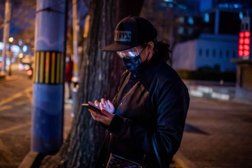 China reportedly using WeChat and Twitter to find and silence people sharing coronavirus information
