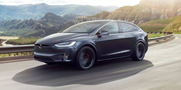 Tesla patent shows yet another way to reduce range anxiety with battery swapping