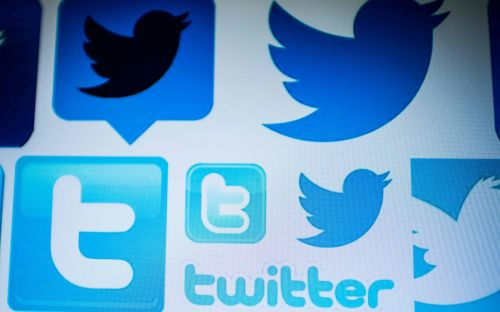 Twitter warns users of year-long glitch that may have shared private messages