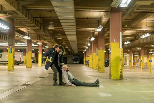 COLD PURSUIT Is A Brutally Violent And Goofy Revenge Thriller - One Minute Movie Review