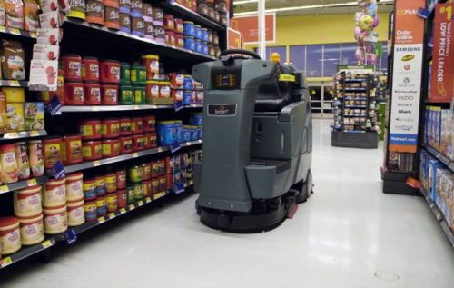Walmart taps autonomous robots with BrainOS to clean its floors