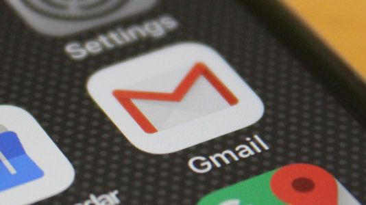Gmail launches its first public iOS beta to test support for third-party accounts