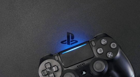 Sony requires that all new PS4 works must be compatible with PS5 hosts