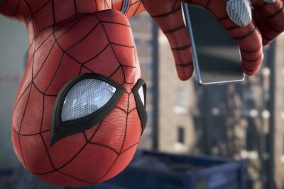 Spider-Man's 9-minute gameplay video features an elaborate helicopter chase
