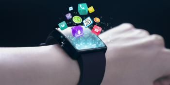 Quick Flick of the Wrist Writes, Sends Text on New Smartwatch