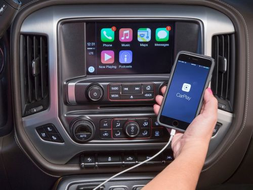 Google finally solved one of the biggest annoyances with Apple CarPlay, the iPhone's car integration