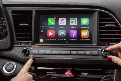 You can now use Google Maps with Apple's CarPlay in iOS 12