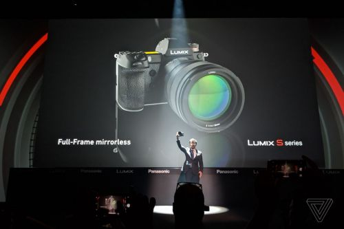 Panasonic's first full-frame mirrorless cameras promise a lot for 2019
